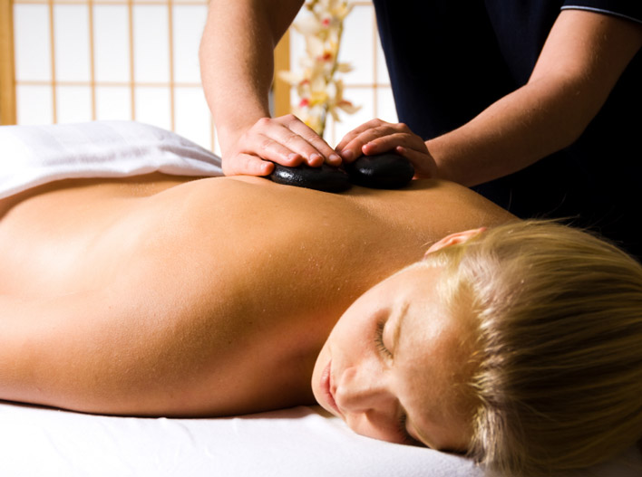 Hot stone massage for lower back pain-8547
